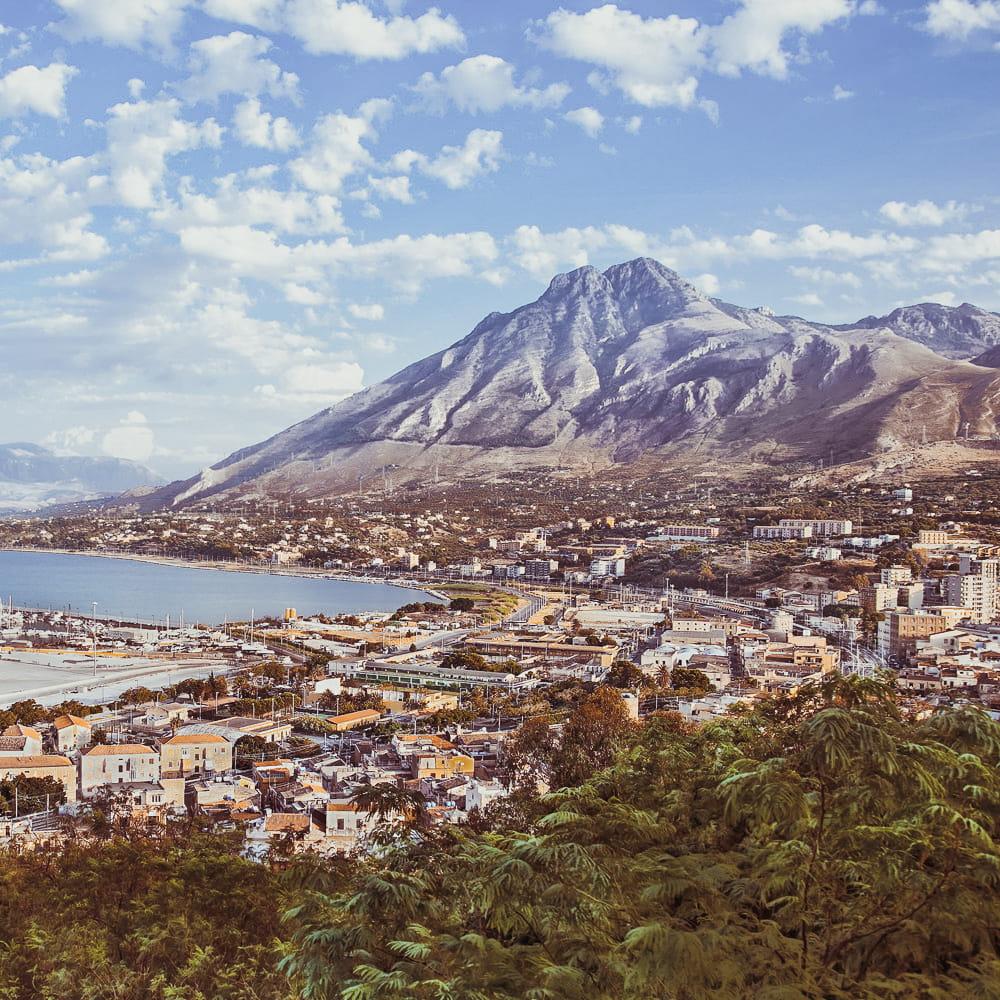 Cartina Sicilia Termini Imerese.Porto Di Termini Imerese Sicilia Traghetti Gnv